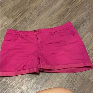 Cute hot pink shorts!!!!